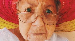 #casting femme 65 ans et + pour tournage publicité service à la personne