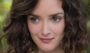 #figuration hommes et femmes 18/60 ans anglophones pour série avec Charlotte Le Bon