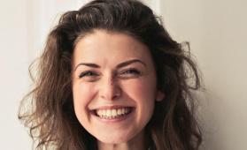 #casting femme 18/25 ans avec belle dentition pour tournage publicité chocolat