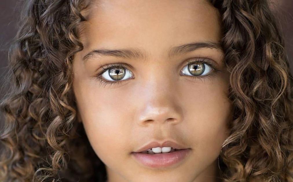 #casting #enfant garçon ou fille 3/6 ans yeux clairs, cheveux foncés pour shooting