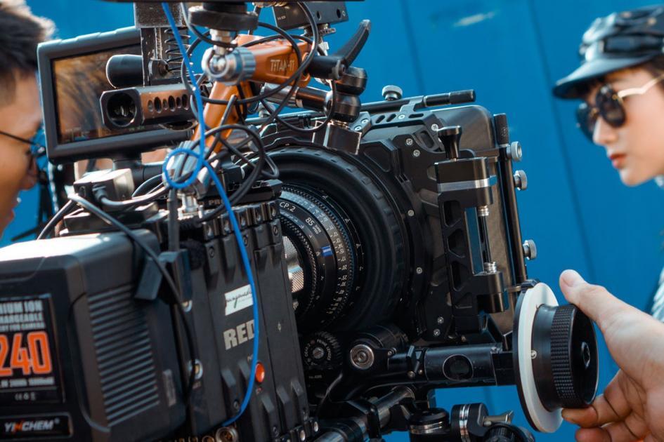 #figuration hommes et femmes 18/25 ans pour tournage clip musical