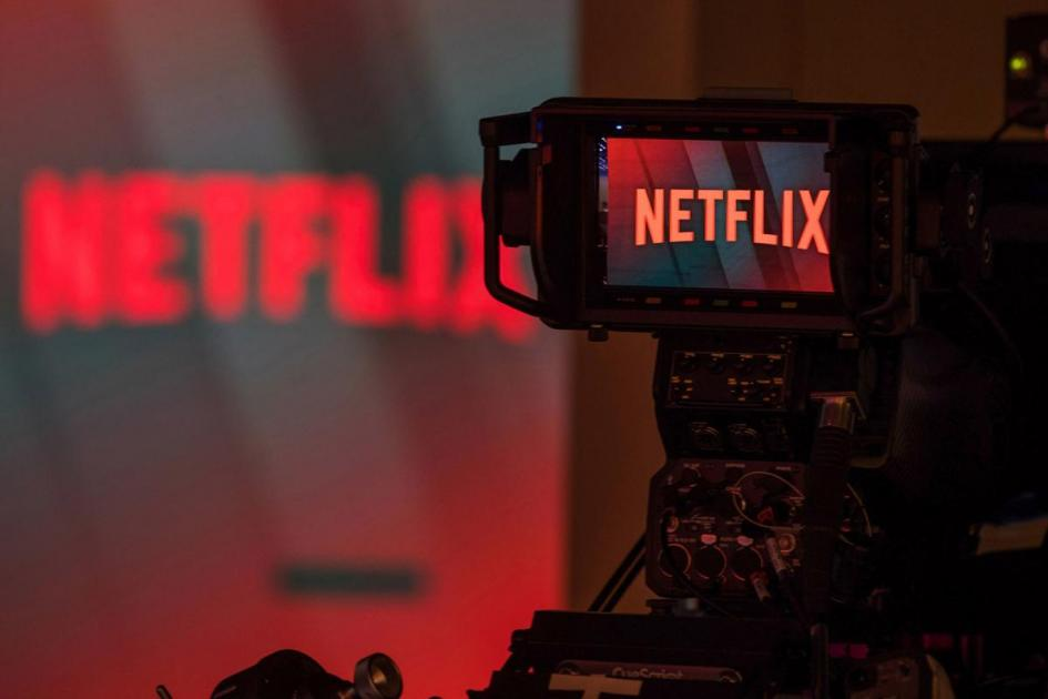 #casting hommes 16/20 ans et fille 7 ans pour tournage série NETFLIX