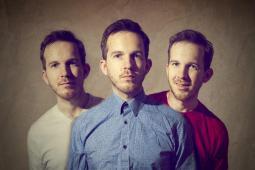#casting hommes, triplés ou quadruplés, pour tournage clip musical