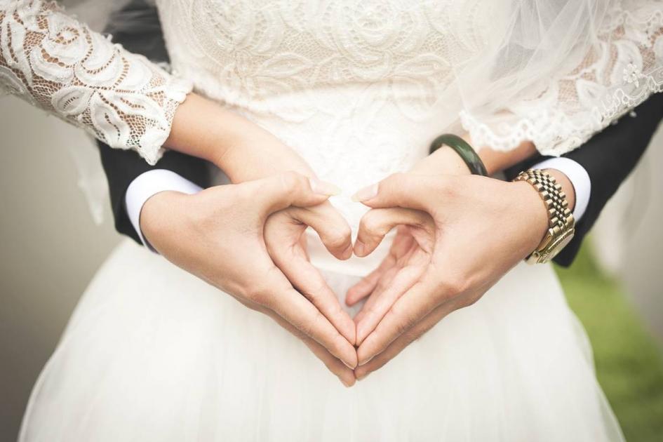 #Vaucluse #casting femme et homme 22/38 ans pour shooting photo sur le thème du mariage