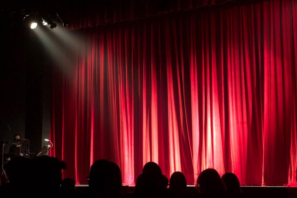 #casting femmes et hommes +60 ans nés à l'étranger pour une pièce de théatre