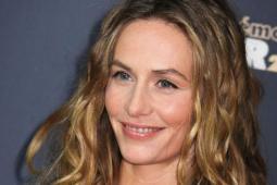 #casting femmes 40/55 ans + homme 20/25 ans pour film avec Cécile de France
