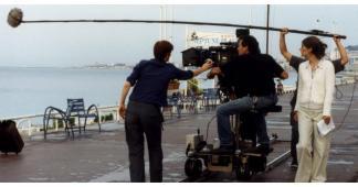 #figurants hommes et femmes pour tournage d'un film institutionnel #Paris