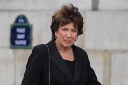Comment Roselyne Bachelot, ministre de la culture compte-t-elle relever le secteur culturel ?