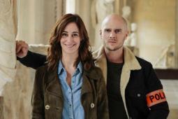 #casting femme amputée d'une jambe pour doublure série France 2