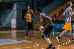 #casting très bon joueur de basket noir pour tournage long-métrage