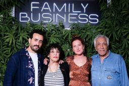 #casting hommes parlant espagnol pour tournage série Netflix