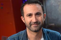 #casting femmes et hommes avec véhicule de couleur classique pour un téléfilm avec Mathieu Madénian