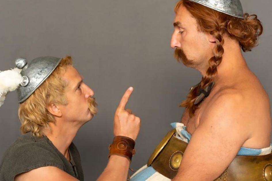 #casting homme de 60/70 ans avec une barbe blanche de 3cm minimum pour le film Astérix & Obélix