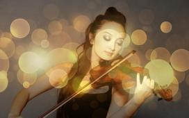 #figuration femme #chinoise sachant jouer du #violon pour tournage américain