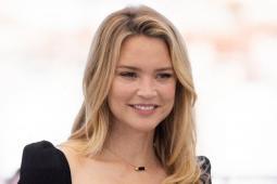 #casting femme possédant le permis A1 pour doublure moto de Virginie Efira