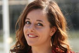 #casting femme de 18/25 ans pour le tournage d'un film avec Laure Calamy