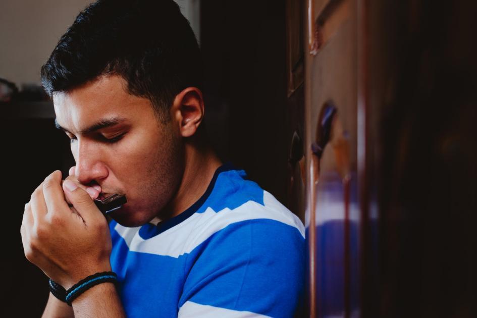 #casting homme sachant jouer de l'harmonica pour le tournage d'un long-métrage