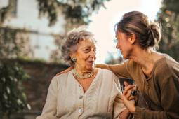 #casting femmes et hommes de 20/50 ans, aide-soignants ou infirmiers, pour un long-métrage