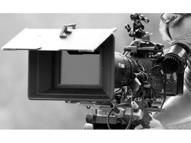 Un homme et une femme 20/30 ans pour le tournage d'un #publicité #Esra #Paris