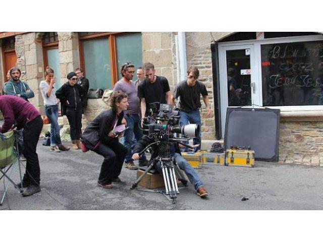 Une dizaine de figurants 25/40 ans pour le tournage d'un film #FEMIS #Paris