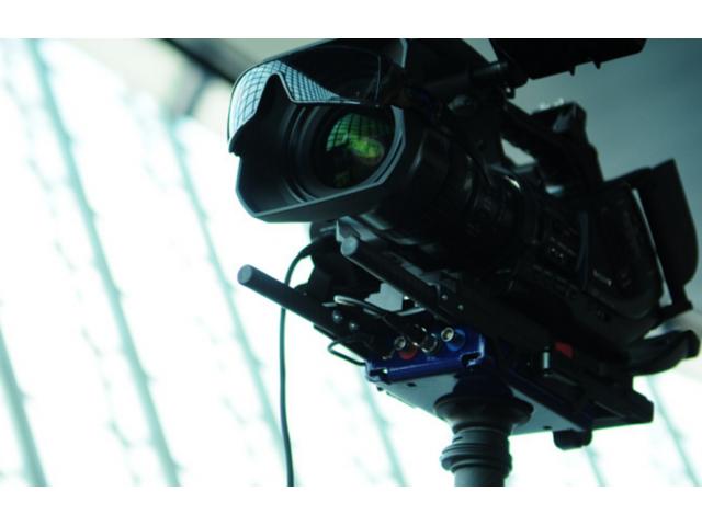 hommes et femmes 25/35 ans pour le tournage d'un film publicitaire #Paris