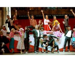 #danseurs et #chanteurs pour la comédie musicale #Grease Mogador #Paris