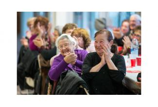 #figurants #seniors hommes et femmes entre 80 et 90 ans pour film avec Kad Merad #Paris