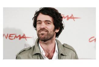 #figurants hommes et femmes pour long-métrage avec Romain Duris #Paris