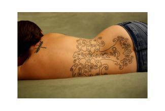 Recherche jeunes #tatoués pour figuration film #beauté / luxe #digital