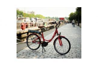 #figurants hommes et femme avec #Vélo pour long-métrage #Paris