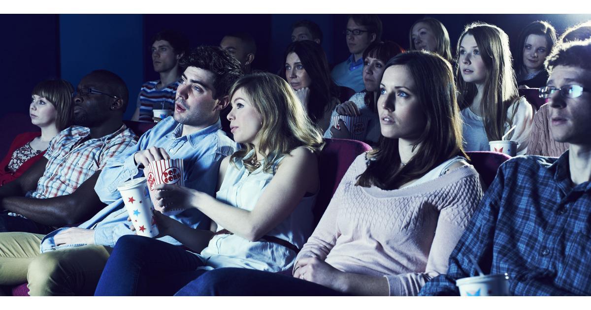 #figurants hommes et femme pour #agence de placement public #TV