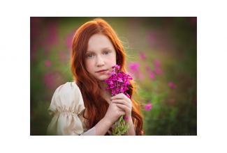 Une #figurante de 16-17 ans avec des cheveux longs pour le film