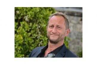 #figuration hommes et femmes #branchés pour film avec Benoît Poelvoorde