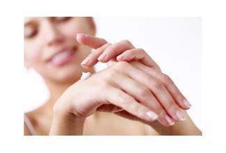 #doublure #main femme pour le tournage d'une #publicité #television
