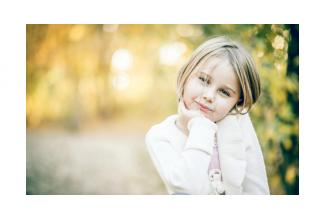 #casting #enfant fille 6/8 ans pour le prochain film de Hirokazu Kore-Eda #Paris