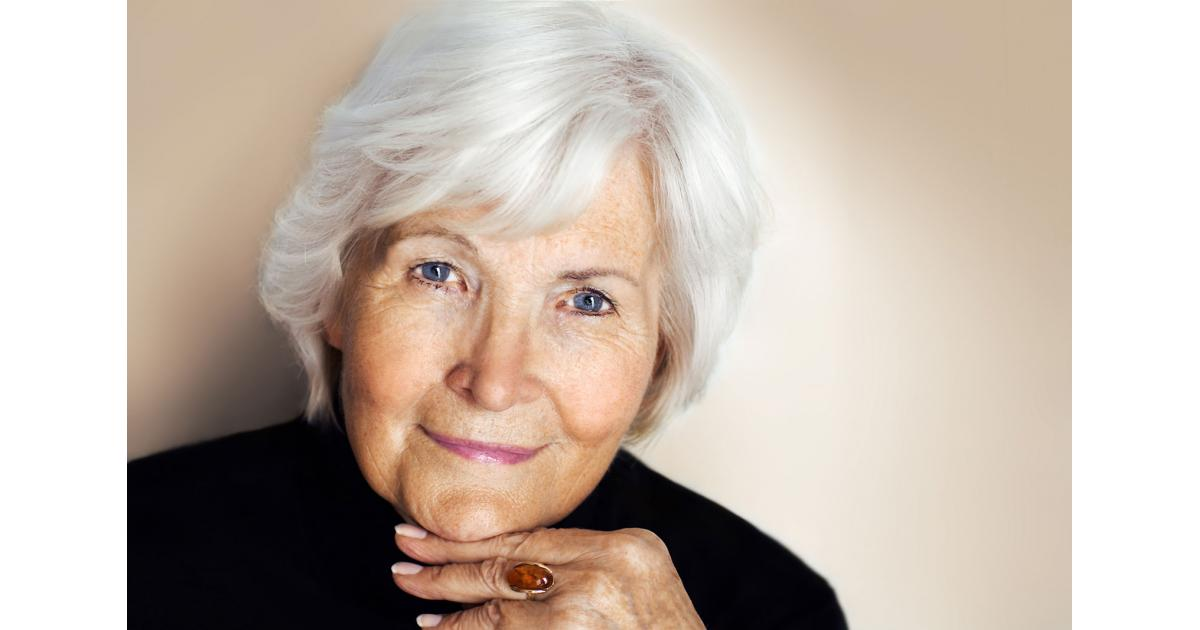 #Modèle #photo femme #senior 70-80 ans pour shooting photo #Paris