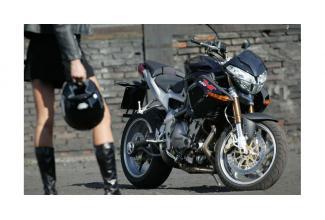 #figuration #motard #motarde #moto pour le #tournage d'une #publicité #Mode #luxe