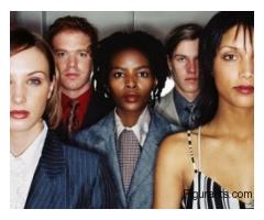 Des femmes issues de la diversité ayant entre 25 et 45 ans pour pub tv