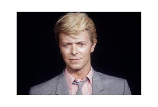 #figuration #doublure homme ressemblant à David Bowie pour long-métrage #Paris