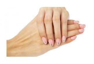 #figuration #mains homme/femme 50/65 pour spot #publicité marque de #bijoux