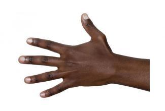 #figuration #doublure main peau #noire 55 ans pour série #Netflix #Paris