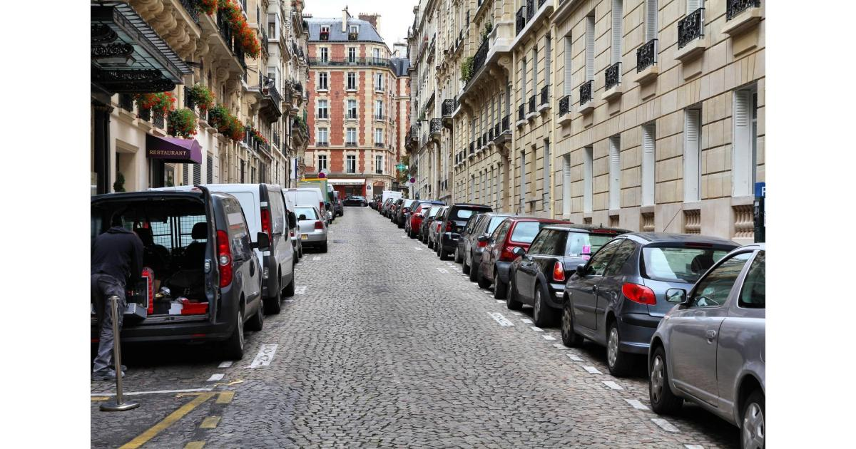 #figuration #voiture #auto pour le tournage d'un long-métrage #Paris #75014