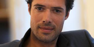 ARTICLE : C'est Nicolas #Bedos qui réalisera le prochain #OSS117