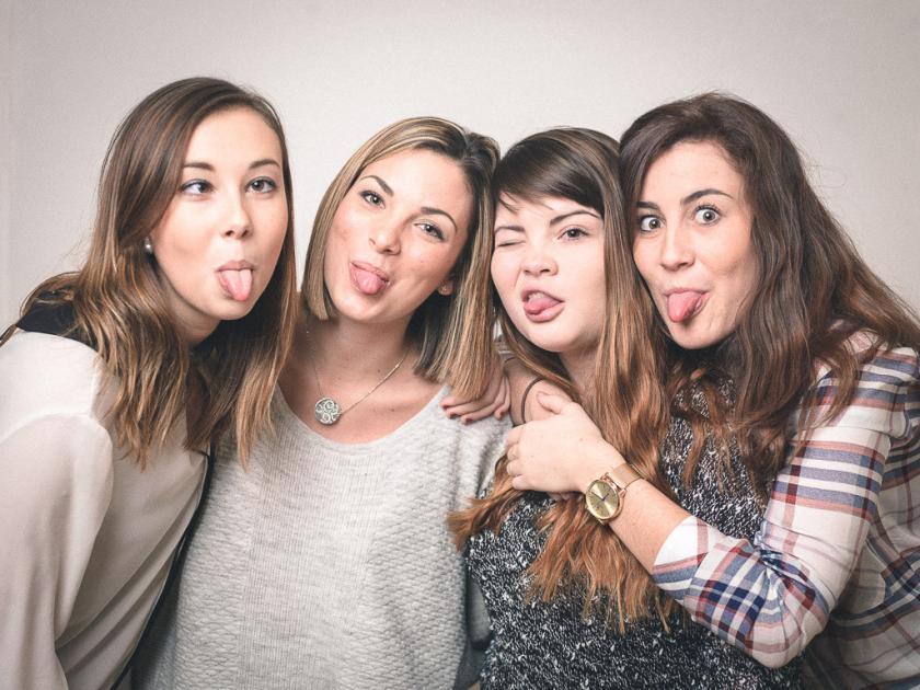 #casting filles 18/24 ans pour application marque échange vêtements #Paris