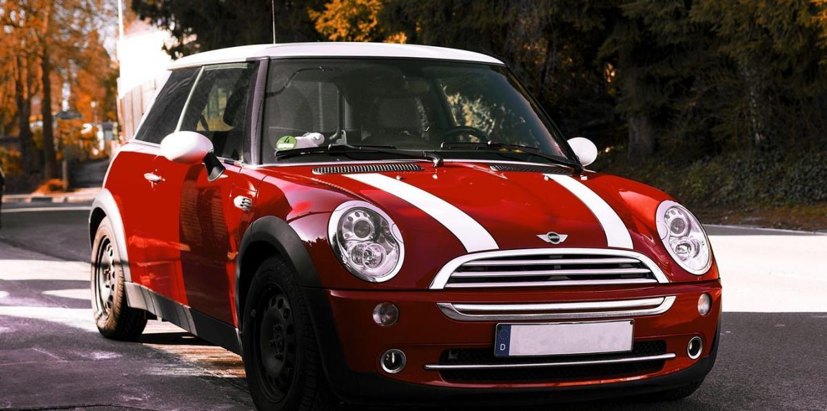 #BasRhin #Strasbourg #figuration Mini Cooper, Fiat 500 et grosse berline pour tournage téléfilm
